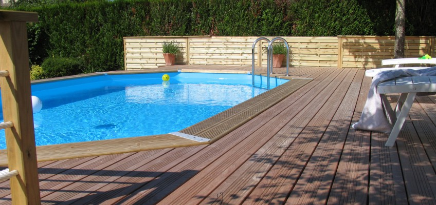Comment monter une piscine en bois for Piscine a monter