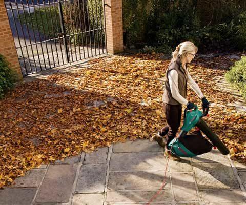 Recycler les feuilles vertes du jardin