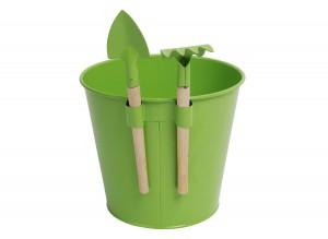 Pot de fleurs et outils pour enfant