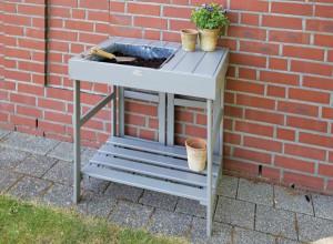 Table à rempoter Esschert Design, avec bac et étagère - 105€