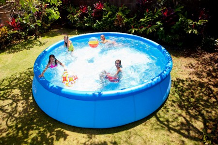 Piscine autoportante INTEX