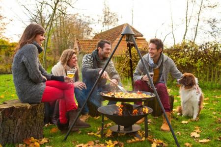 Un brasero au jardin vive la chaleur du feu - Fabriquer un brasero ...