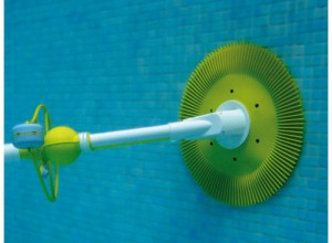 Robot aspirateur automatique ou manuel que choisir pour for Nettoyage piscine balai manuel