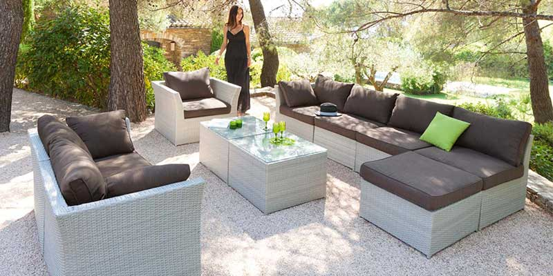 focus sur le salon de jardin faites votre choix. Black Bedroom Furniture Sets. Home Design Ideas
