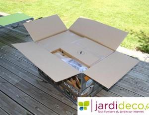 Carton contenant le spa Pure Spa Intex