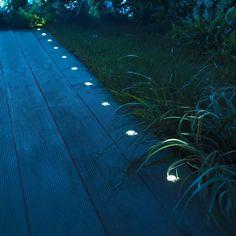 Décorer sa terrasse : spots de terrasse
