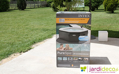 Emballage du spa gonflable Intex 28454