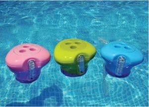 Piscine pr venir le risque d 39 eau verte for Oxygene actif piscine verte