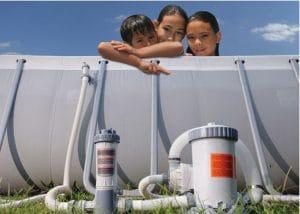 Surveiller la filtration pour lutter préventivement contre les algues