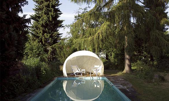 Le Garden Igloo, un pavillon extérieur en été