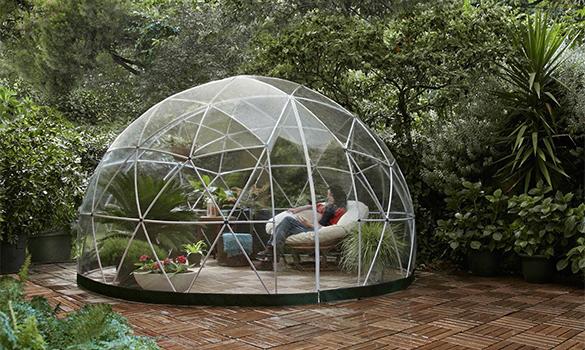 Le jardin d\'hiver Garden Igloo, un abri de jardin design !