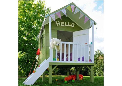 cabane-en-bois-verte-pour-enfants