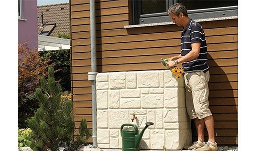 Récupérateur d'eau pluviale aspect brick murale Garantia