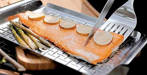 panier pour des recettes de poisson au barbecue Weber