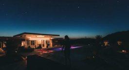 Décoration lumineuse pour la piscine