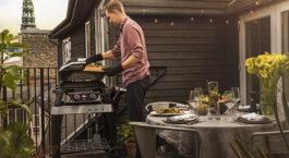 Faire un barbecue électrique Weber en ville