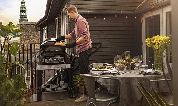 Faire un barbecue en ville weber Pulse 1000