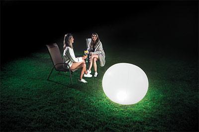 xtérieure lumineuse LED Intex 68695