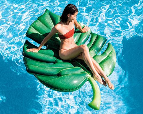 Matelas gonflable piscine feuille palmier intex 58782