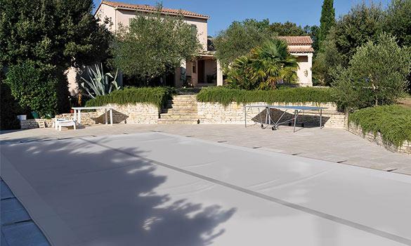 Bâche opaque pour piscine Albon