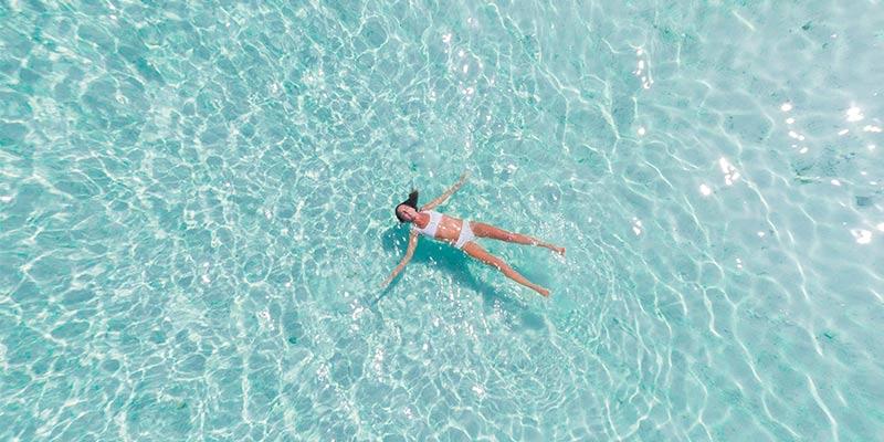 Entretenir la piscine durant la canicule