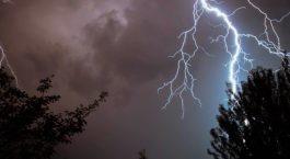 quels sont les risques de l'orage pour la piscine ?